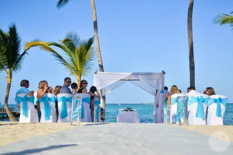 Barcelo Bavaro Palace Deluxe Beach Ceremony