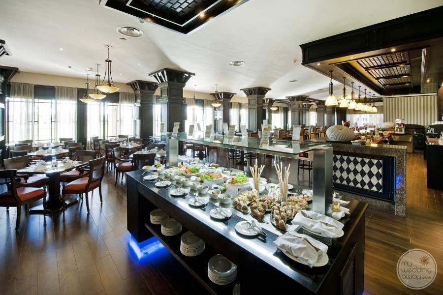 Barcelo Bavaro Palace Deluxe Buffet