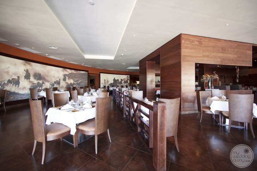 Barcelo Bavaro Palace Deluxe Restaurant 2