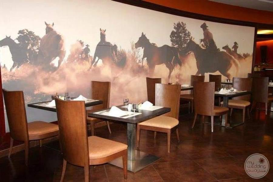 Barcelo Bavaro Palace Deluxe Restaurant 4