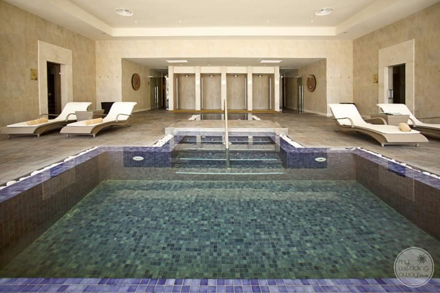 Barcelo Bavaro Palace Deluxe Spa Pool