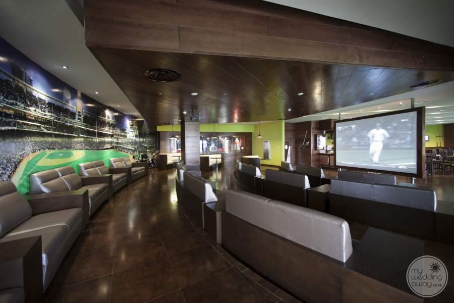 Barcelo Bavaro Palace Deluxe Sports Theatre