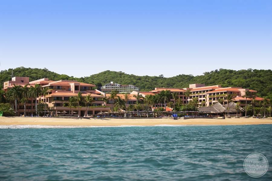 Barcelo Huatulco Beach and Resort