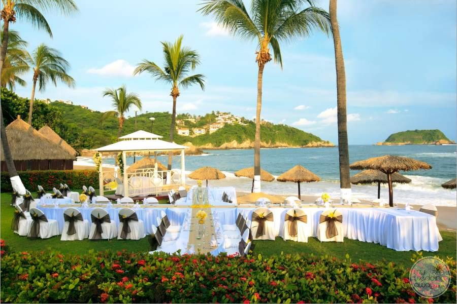 Barcelo Huatulco Garden Wedding Reception