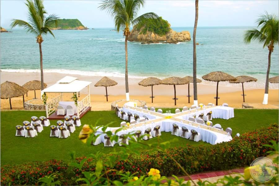 Barcelo Huatulco Garden Wedding