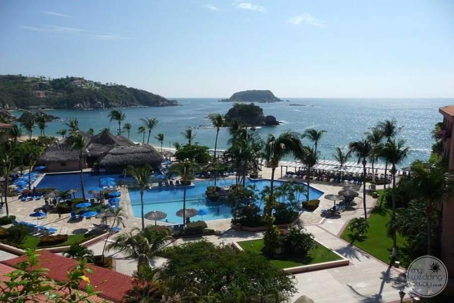 Barcelo Huatulco Resort Overview