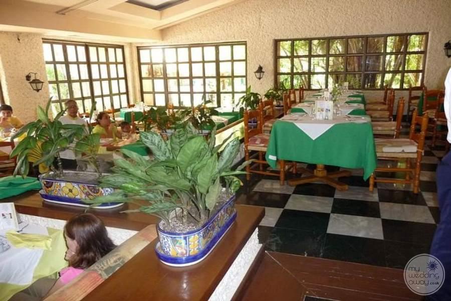 Barcelo Huatulco Restaurant 2
