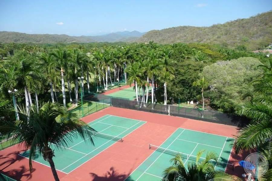 Barcelo Huatulco Tennis Courts