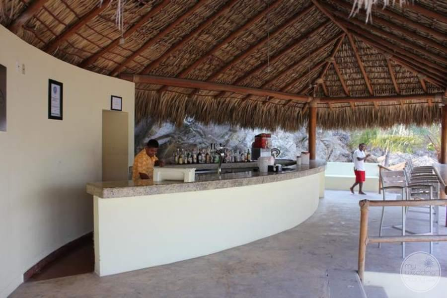 Dreams Huatulco Bar Area