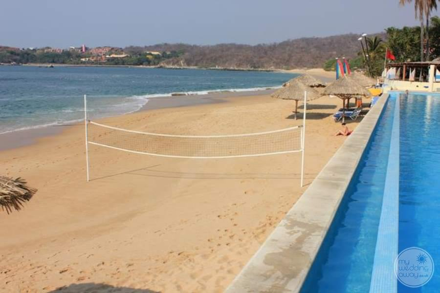 Dreams Huatulco Beach Volleyball