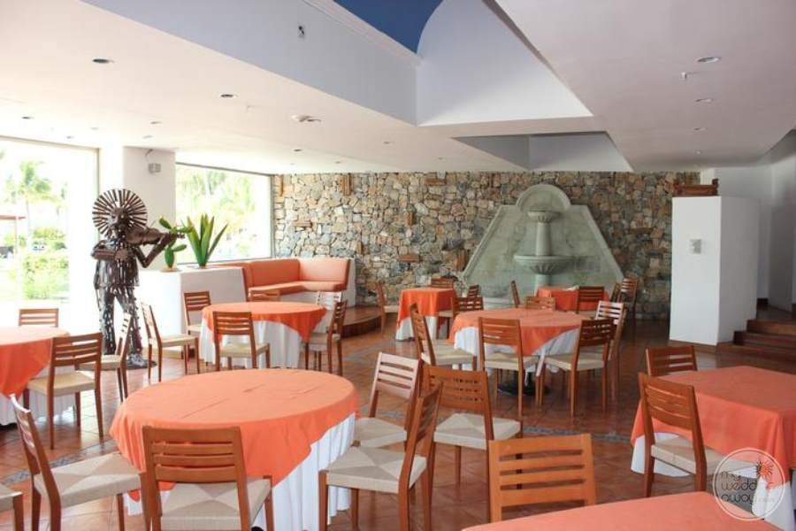Dreams Huatulco Dining