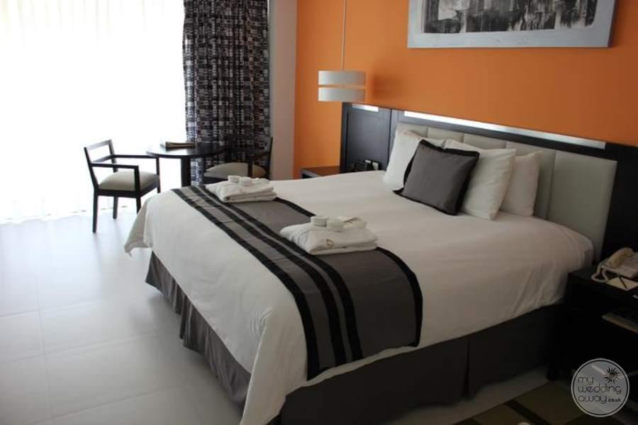 Dreams Huatulco King Room