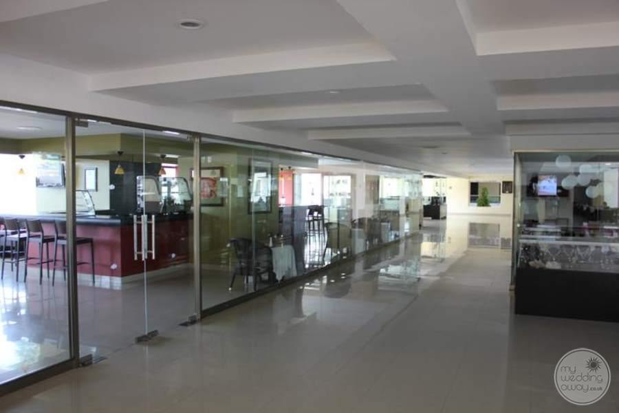 Dreams Huatulco Lobby Shops
