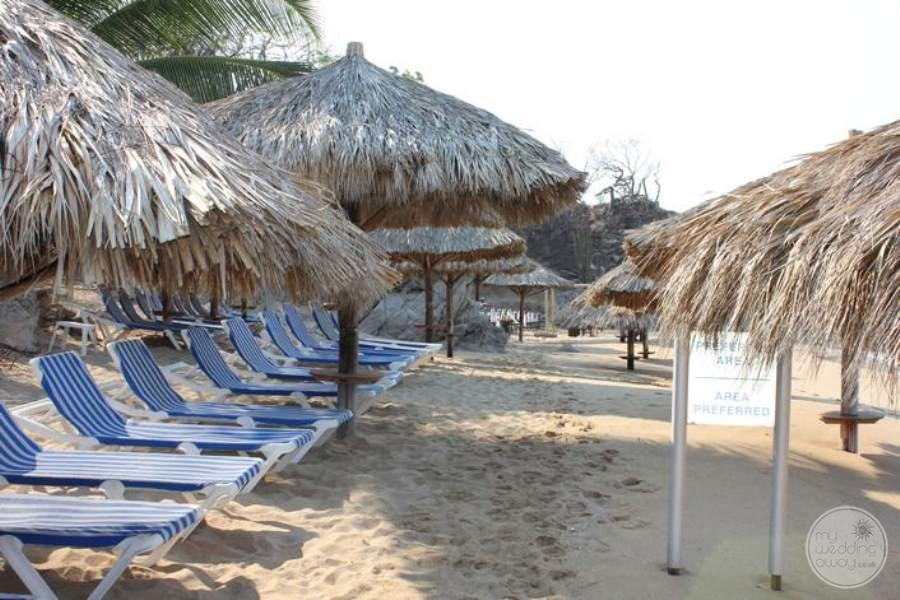 Dreams Huatulco Preferred Beach Area