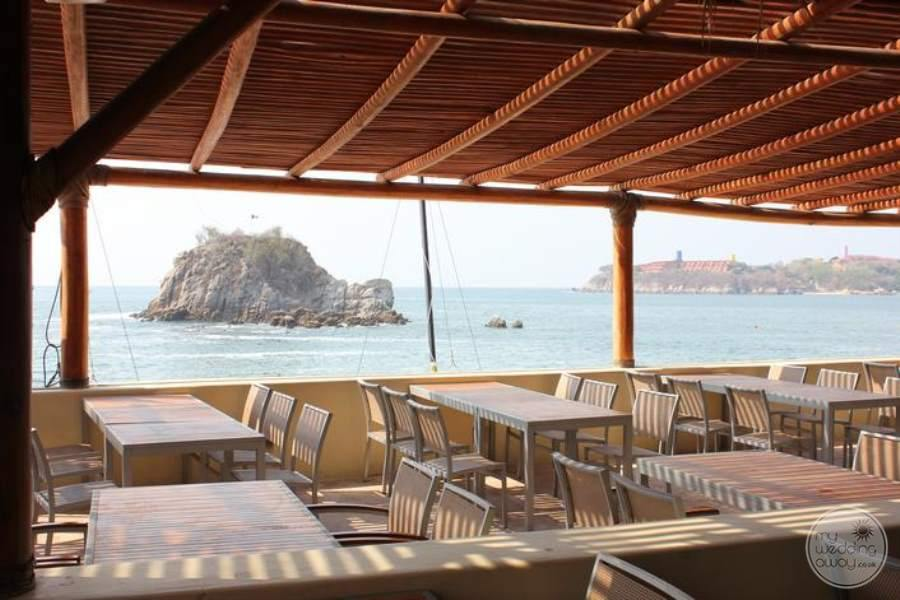 Dreams Huatulco Seaside Grill 3