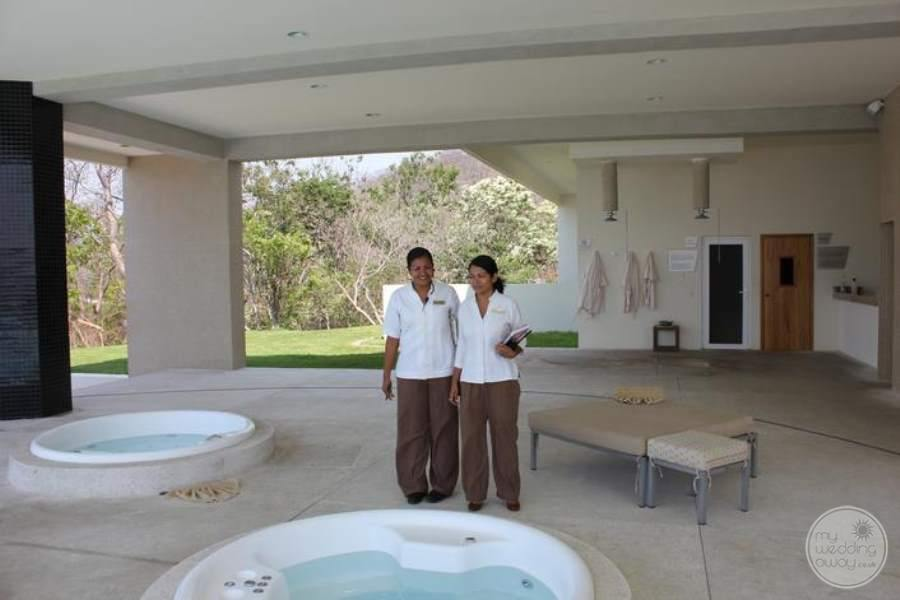 Dreams Huatulco Wedding Coordinators