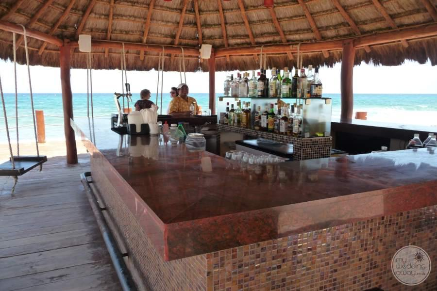 Dreams Puerto Aventuras Beach Bar