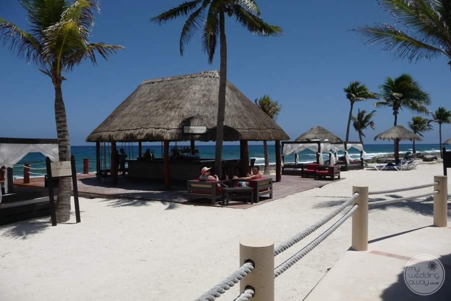 Dreams Puerto Aventuras Beach and Bar