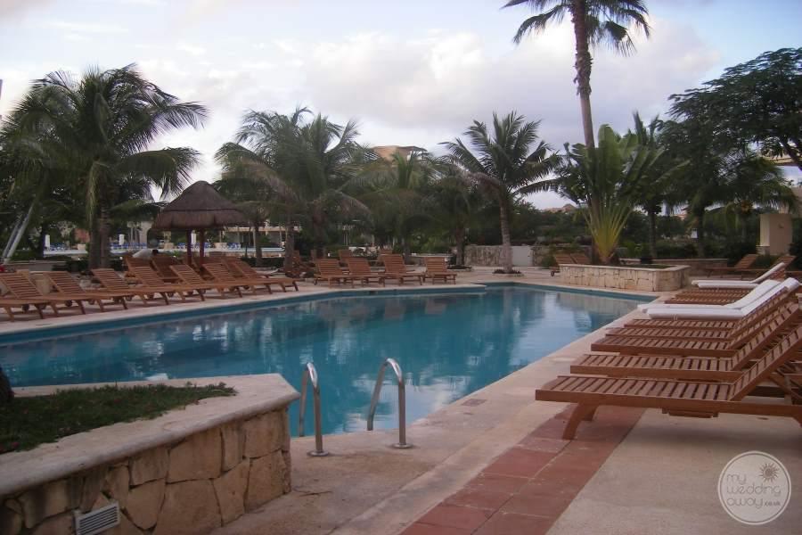 Dreams Puerto Aventuras Pool