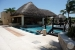 Dreams-Puerto-Aventuras-Swim-up-Bar