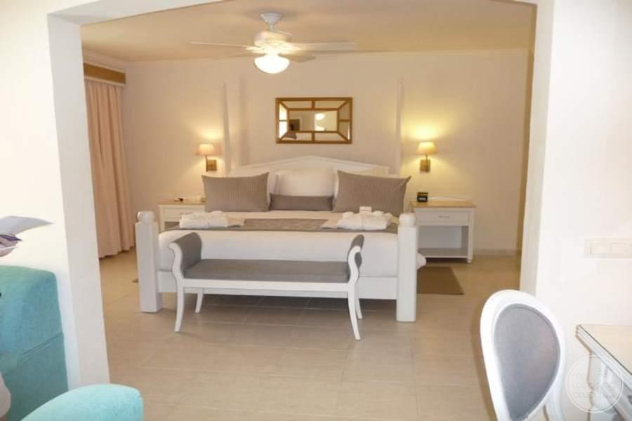 Dreams Punta Cana Suite Bedroom