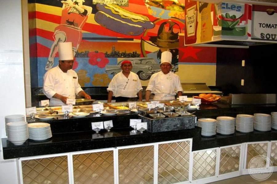 Dreams Riviera Cancun Lunch Buffet