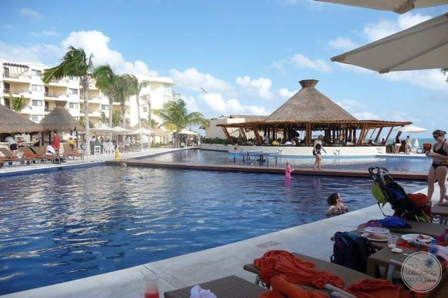 Dreams Riviera Cancun Main Pool