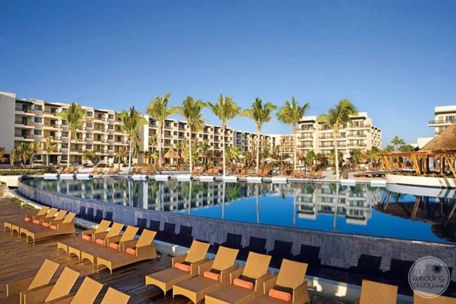 Dreams Riviera Cancun Cancun Pool