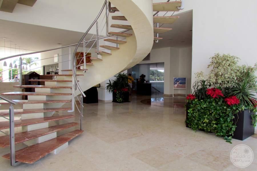 Dreams Villa Magna Lobby