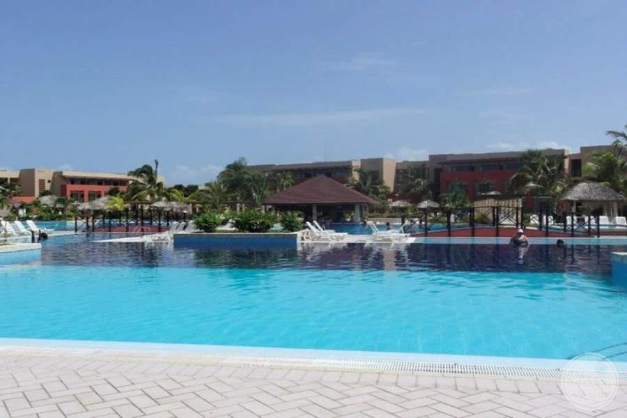 Grand Memories Varadero Main Pool