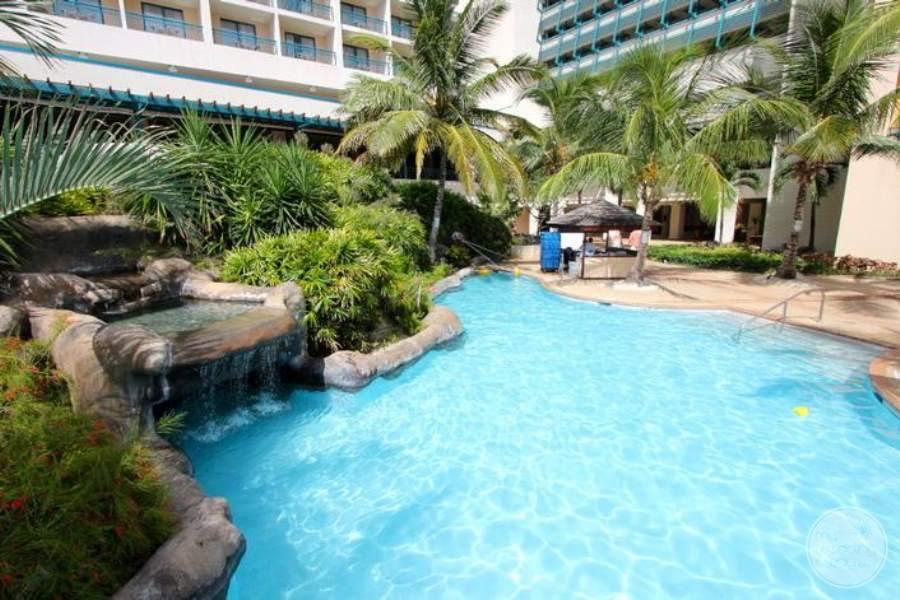 Hilton Barbados Main Pool
