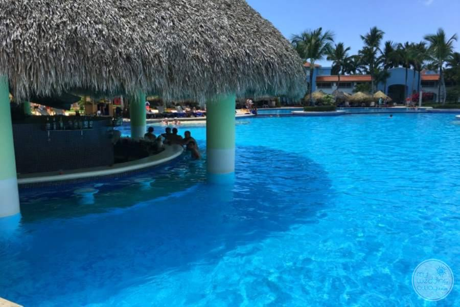 Iberostar Hacienda Dominicus Swim-up Bar
