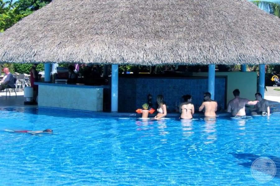 Iberostar Varadero Swim-up Bar