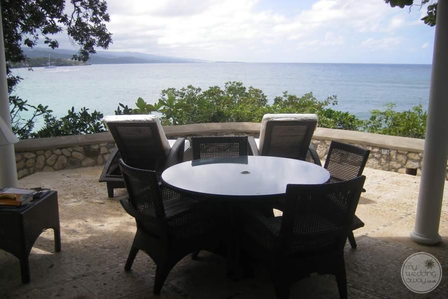 Jamaica Inn Balcony Seating