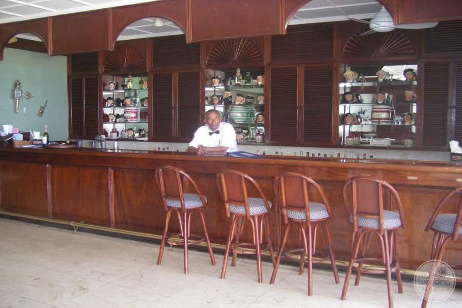 Jamaica Inn Bar