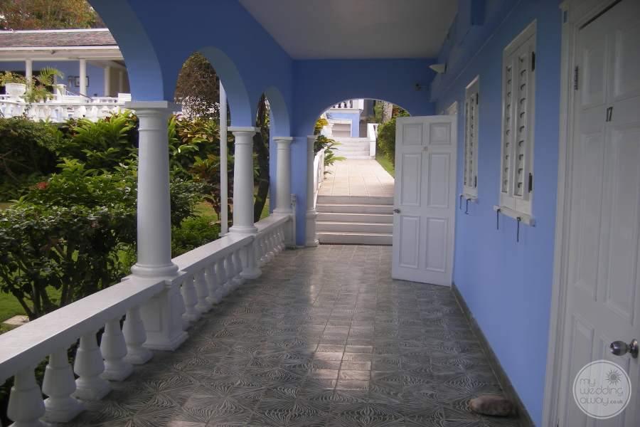 Jamaica Inn Covered Walk