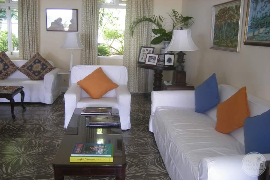 Jamaica Inn Seating Area