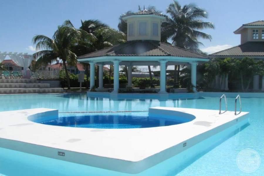 Melia Peninsula Varadero Pool 3