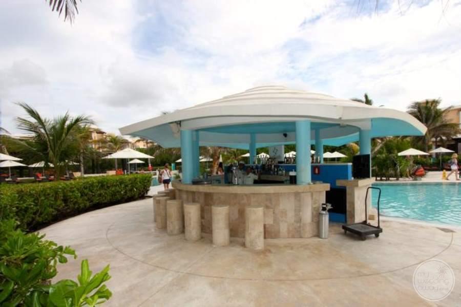 Now Jade Pool Bar