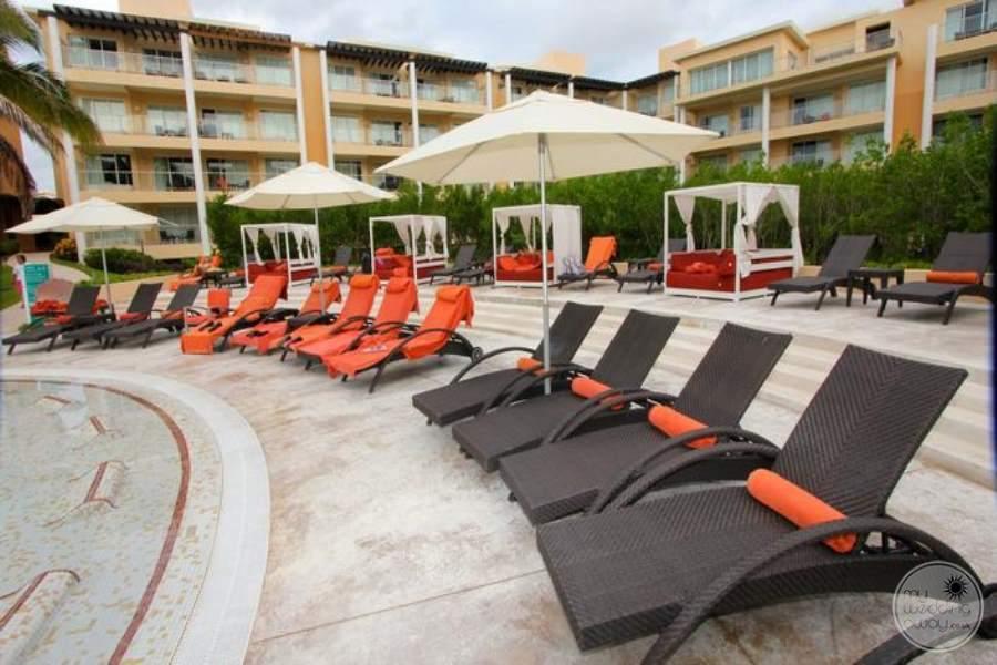 Now Jade Lounge Chairs