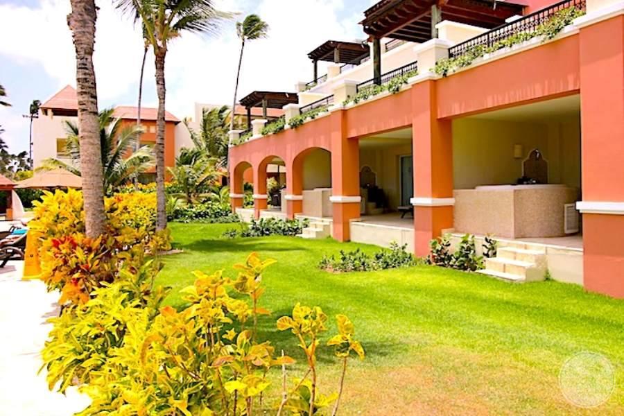 Now Larimar Resort Grounds