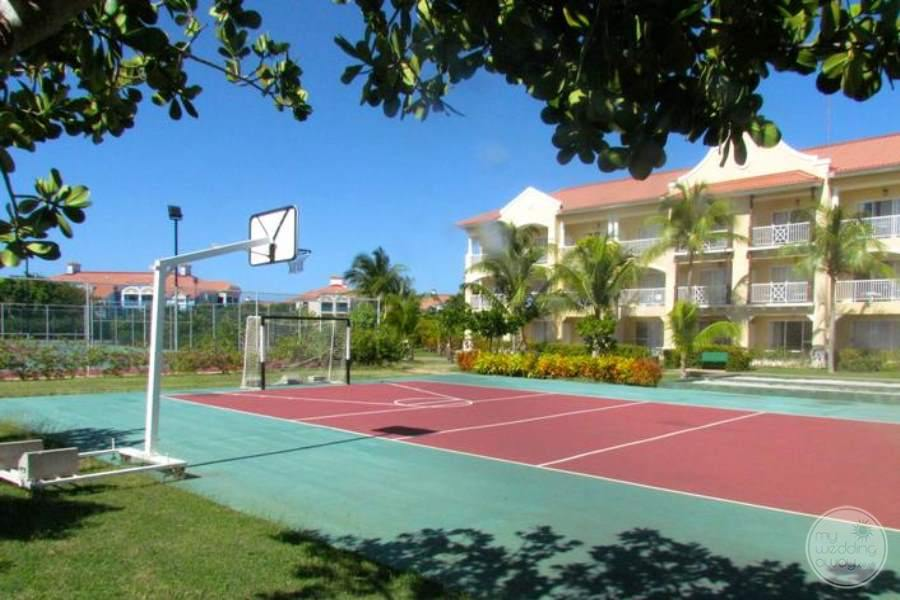 Paradisus Princesa Del Mar Basketball Court