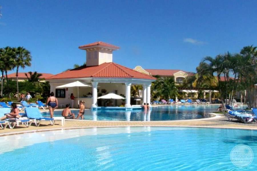Paradisus Princesa Del Mar Main Pool Area