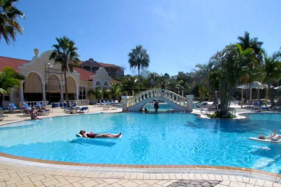 Paradisus Princesa Del Mar Main Pool