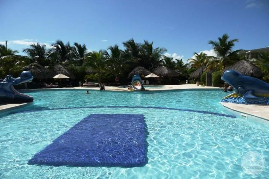 Paradisus Punta Cana Main Pool 2