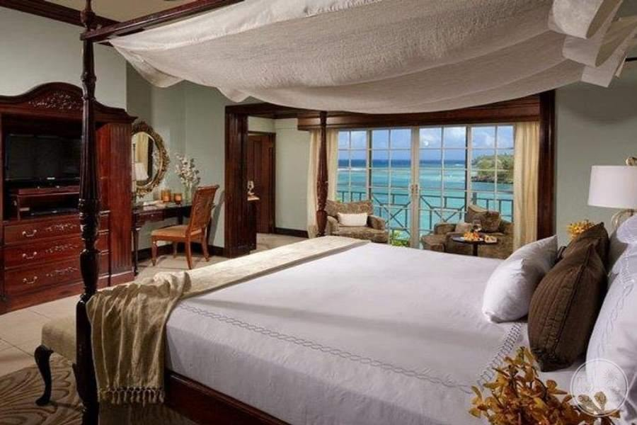 Sandals Royal Plantation Peacock Oceanfront Butler Suite
