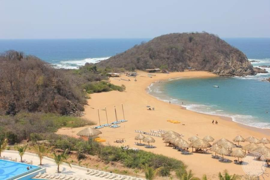 Secrets Huatulco Beach