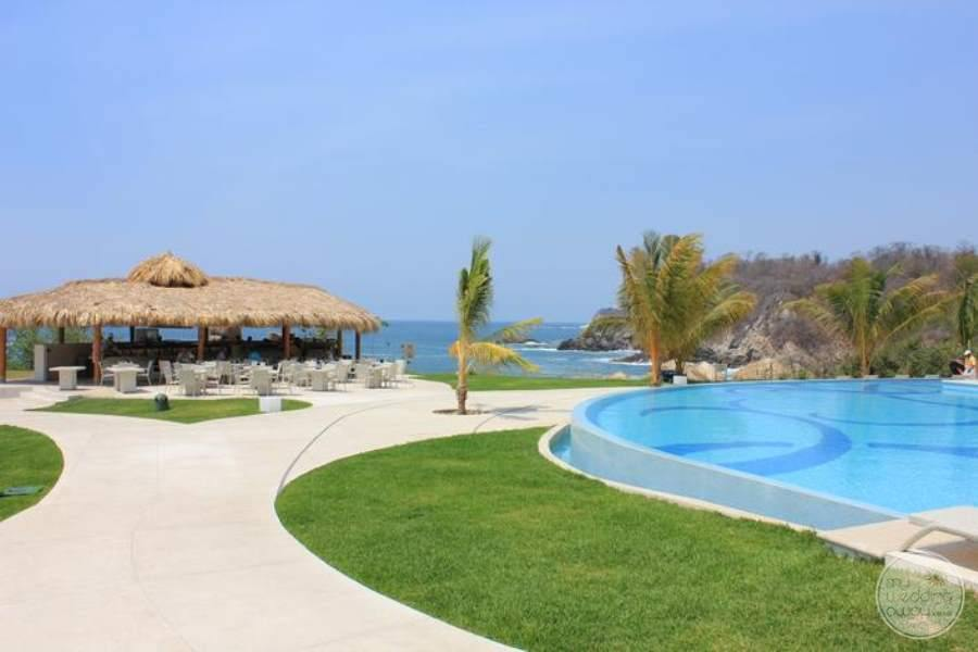Secrets Huatulco Grounds 2