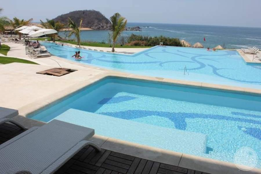 Secrets Huatulco Pool