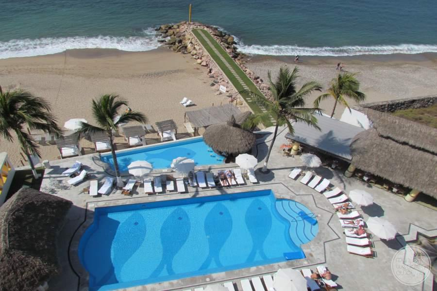 Villa Premiere Puerto Vallarta Pool and Beach